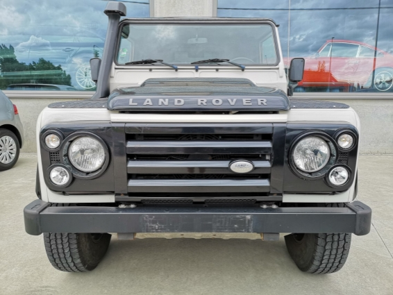Land Rover DEFENDER 90 FIRE & ICE LIMITED EDITION