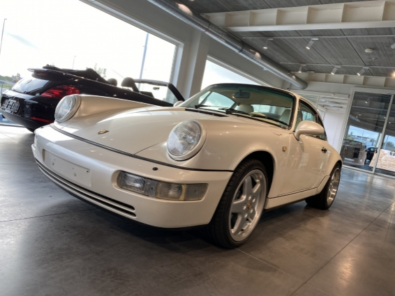 Porsche 911 964 CARRERA 4 COUPE