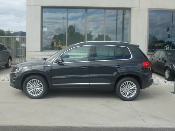 Volkswagen tiguan garage haverbeke jonge tweedehandswagens for Garage volkswagen paris 15